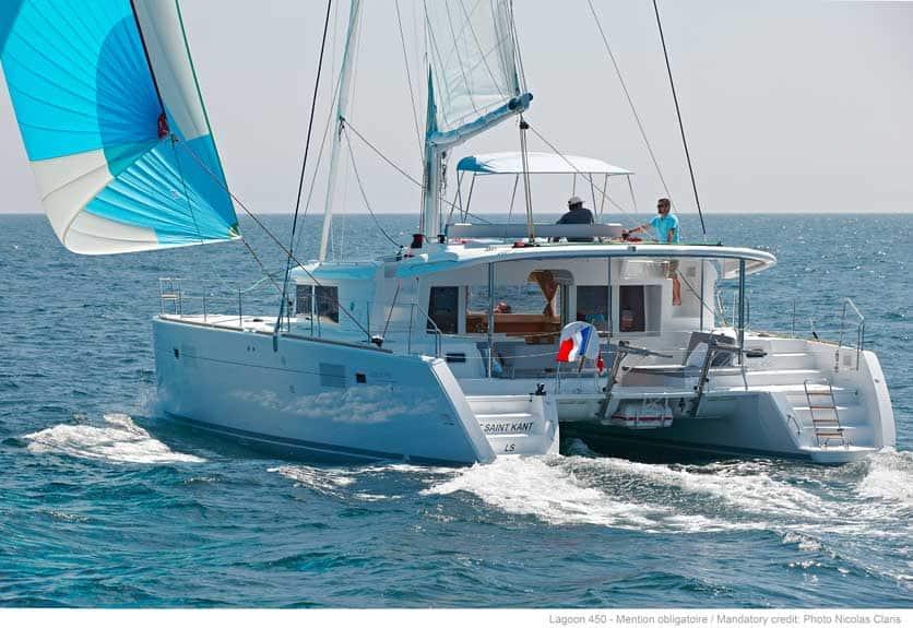 lagoon 450 sailing