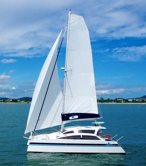 tips for selling a catamaran faster