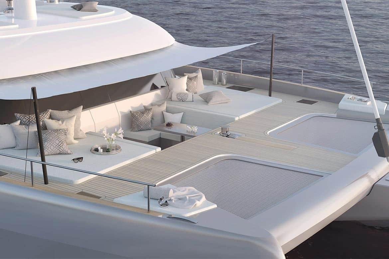 sunreef 50 forward deck