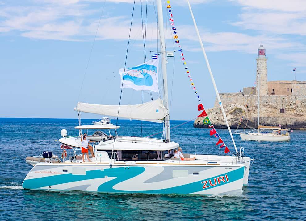 Catamaran Guru Rendezvous in the Abacos 2019